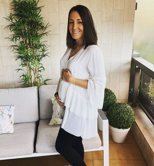 Dani Rowe Pregnancy M12 Giganet